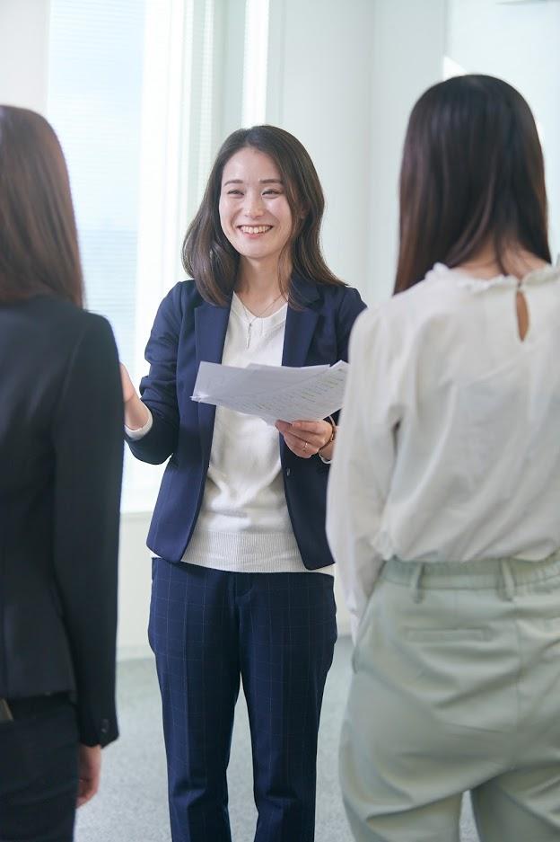 女性 管理職
